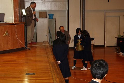 20081030kashiwatyuugakkou4.jpg